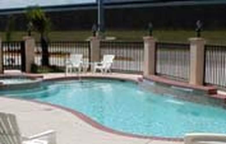 Comfort Suites Westchase - Pool - 2
