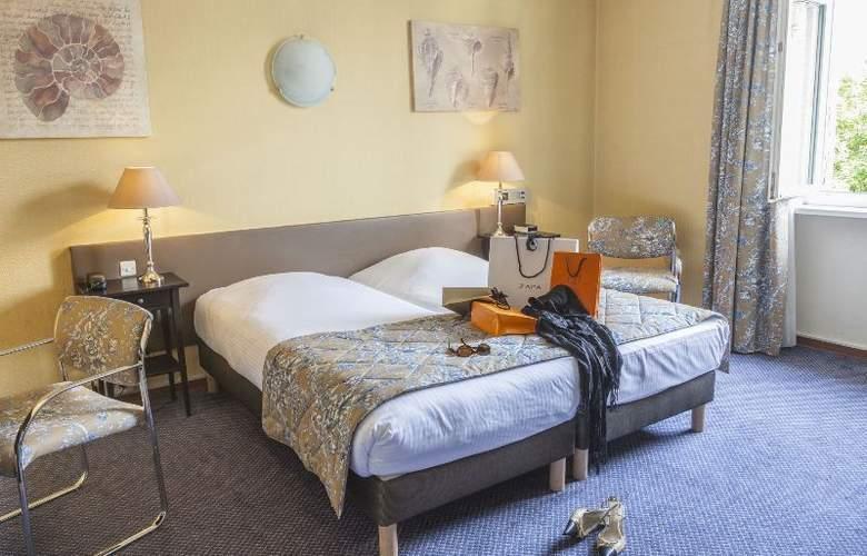 Hotel des Princes - Room - 10