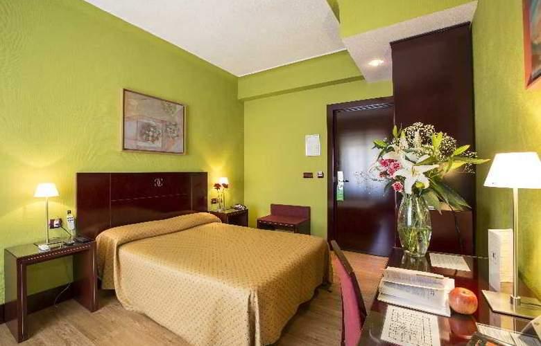 Carlos V - Room - 3