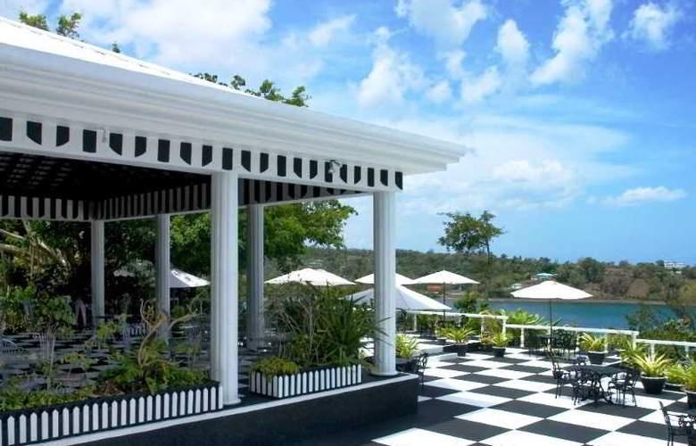 Jamaica Palace - Terrace - 22