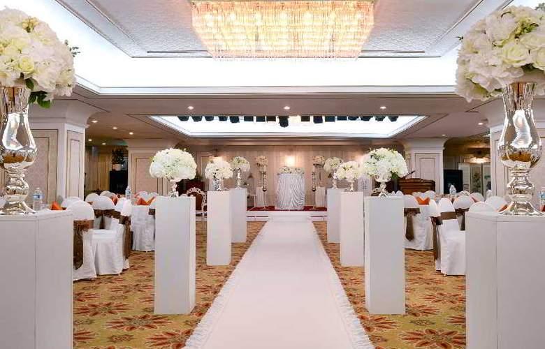 Jeju Oriental - Conference - 13