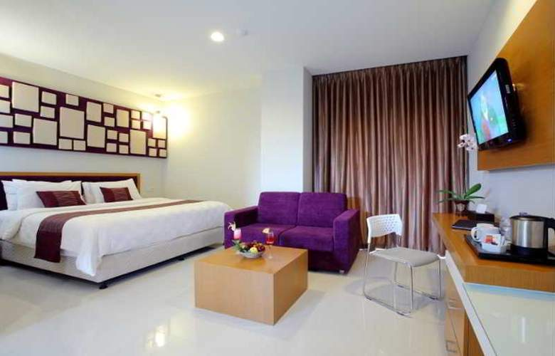 Lombok Plaza Hotel and Convention - Room - 3