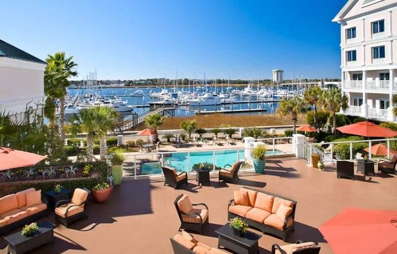 Courtyard Charleston Waterfront - Pool - 0