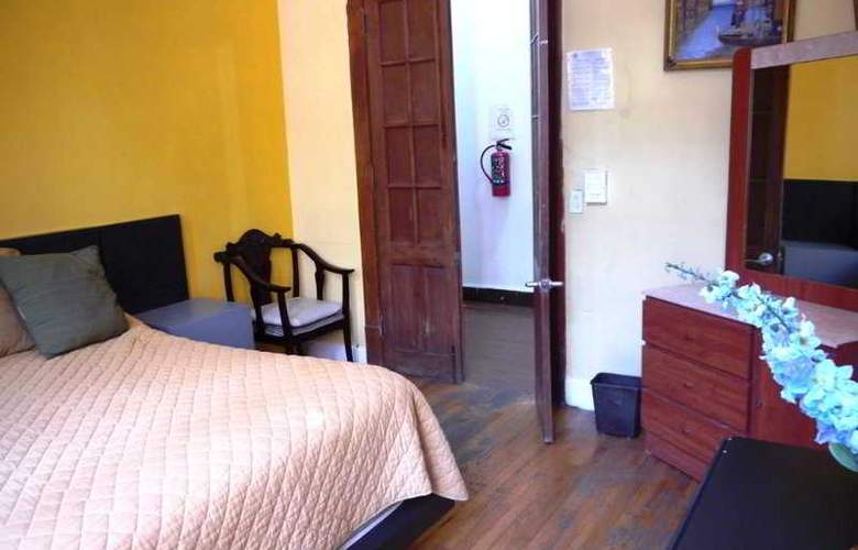 Hostel Amigo - Room - 10
