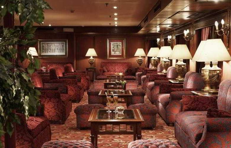 M/S Crown Jewel - Bar - 10