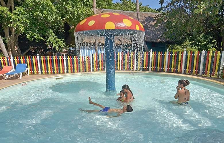 Brisas del Caribe - Pool - 3