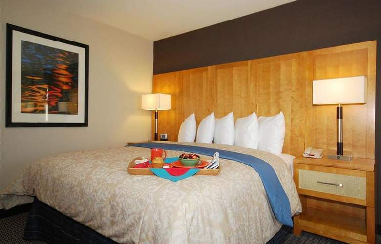 Best Western Plus Marina Gateway Hotel - Room - 34
