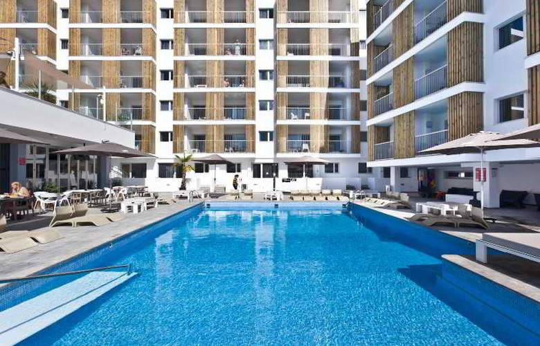 Ryans Ibiza Apartments - Pool - 11