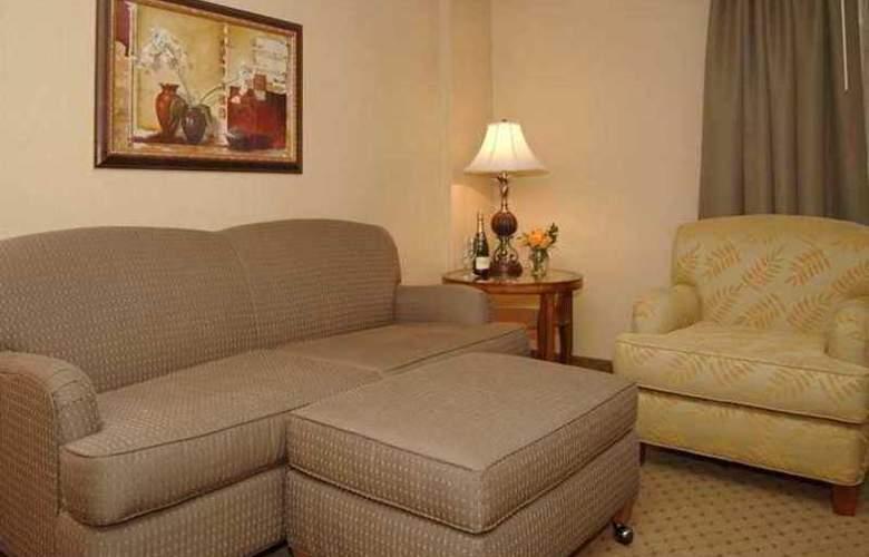Embassy Suites Bellevue - Hotel - 5