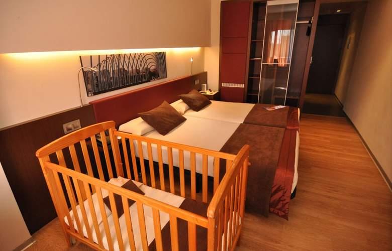 Ayre Gran Hotel Colon - Room - 12