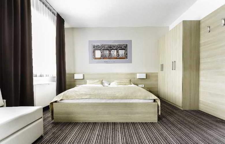 Ahotel Ljubljana - Room - 4