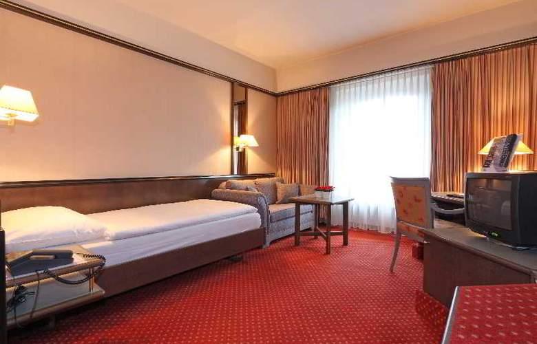 Monopol Swiss Quality - Room - 8