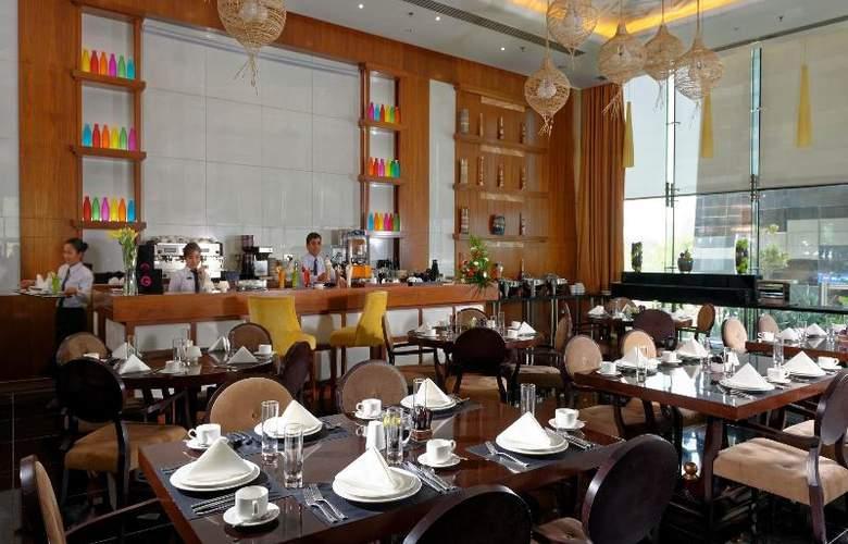 Fraser Suites Doha - Bar - 19