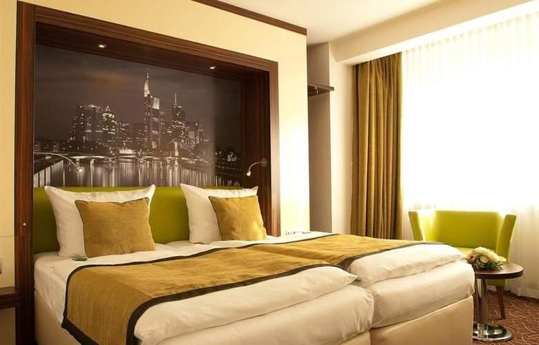 Favored Scala Frankfurt - Room - 3