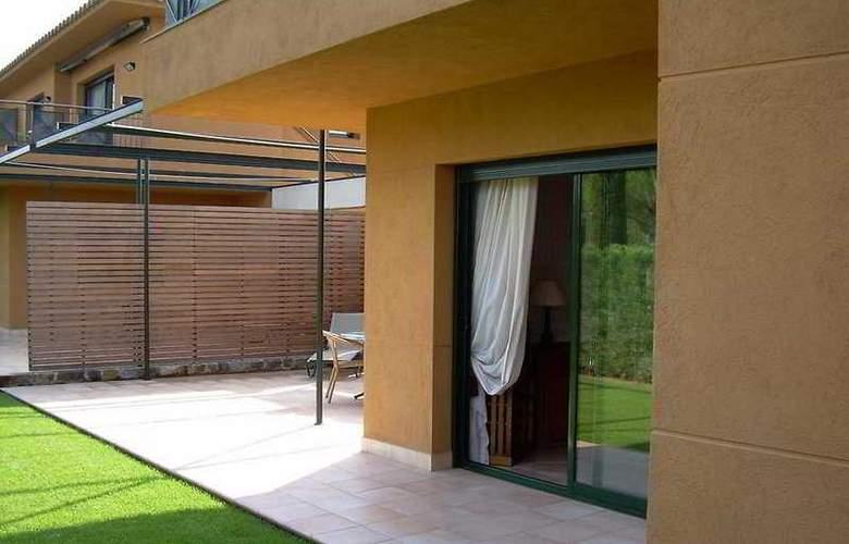 Suites Vila Birdie - TorreMirona - Room - 9