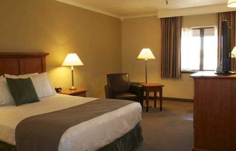 Best Western Plus Ahtanum Inn - Hotel - 14
