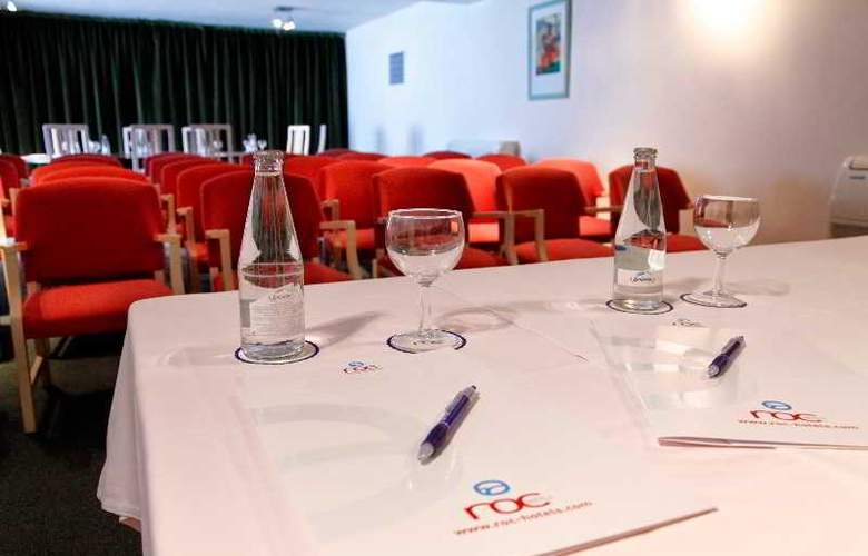 Roc Leo - Conference - 5