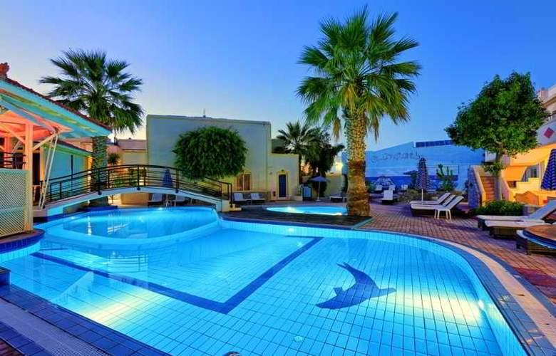 St Constantin  - Pool - 21