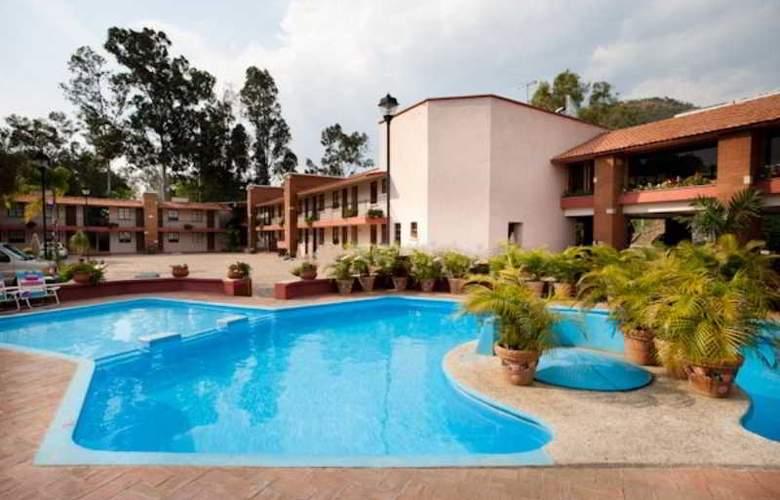 Villas del Sol & Bungalows - Hotel - 0