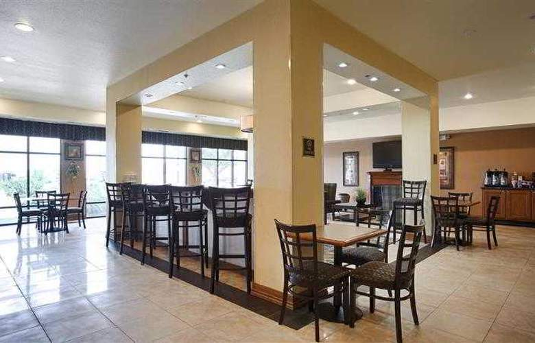 Best Western Plus Christopher Inn & Suites - Hotel - 127