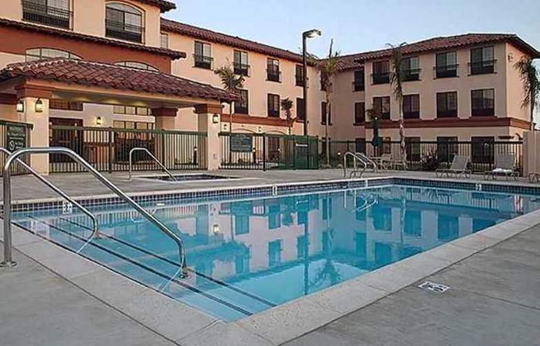 Hampton Inn & Suites Camarillo - Hotel - 2