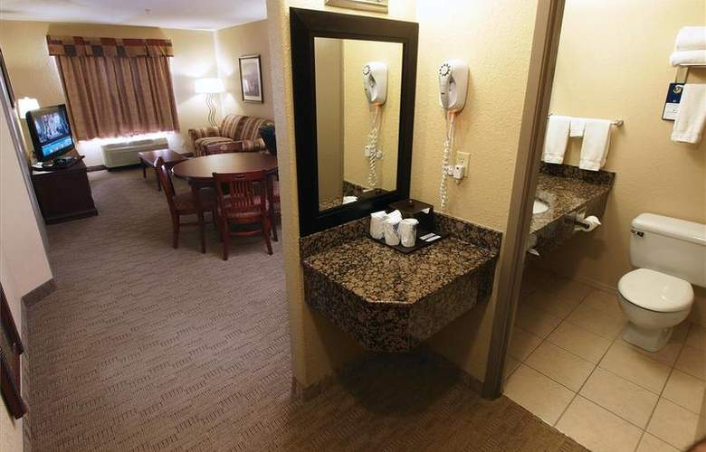Best Western Pembina Inn & Suites - Room - 121