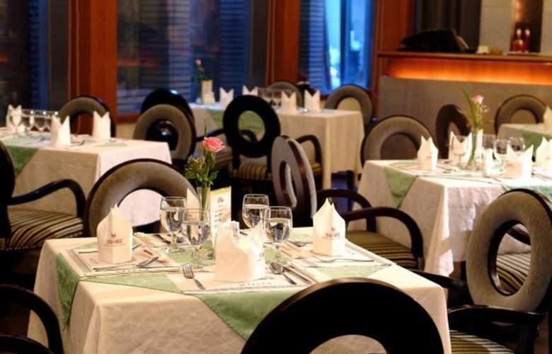 Hotel King's Town - Restaurant - 9