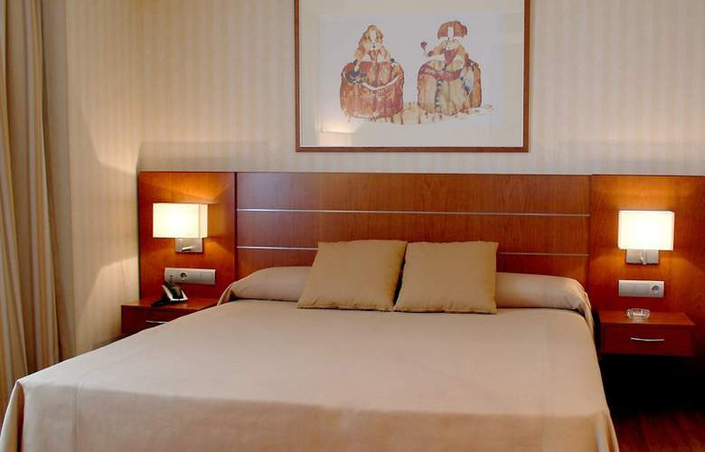 Sercotel La Princesa - Room - 8