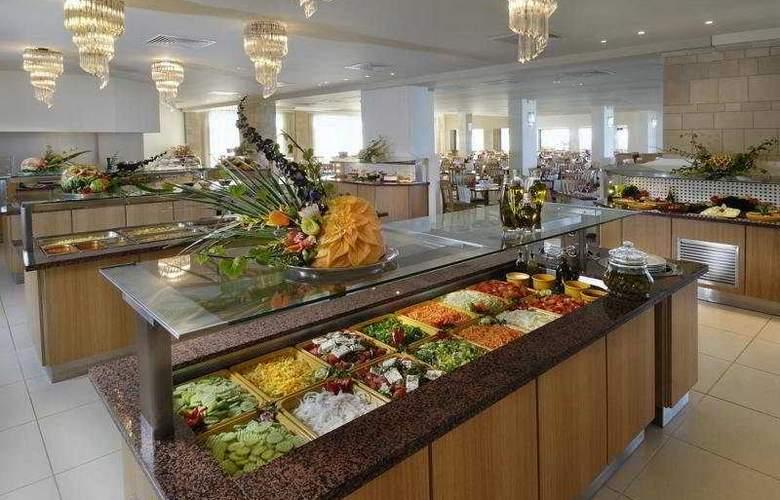 Annabelle Beach Resort - Restaurant - 5