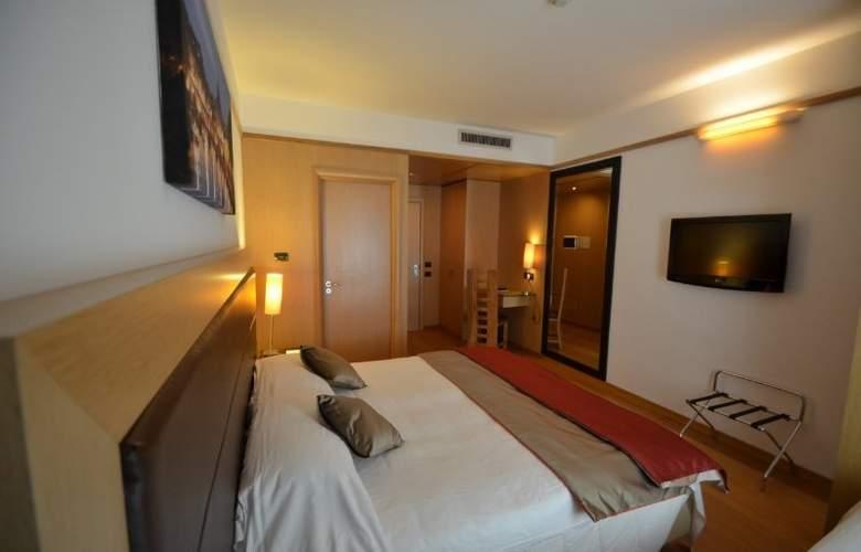 Park Hotel Ginevra - Room - 11