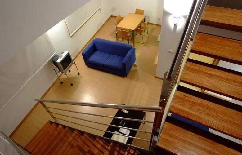 Colon Tuy - Room - 9