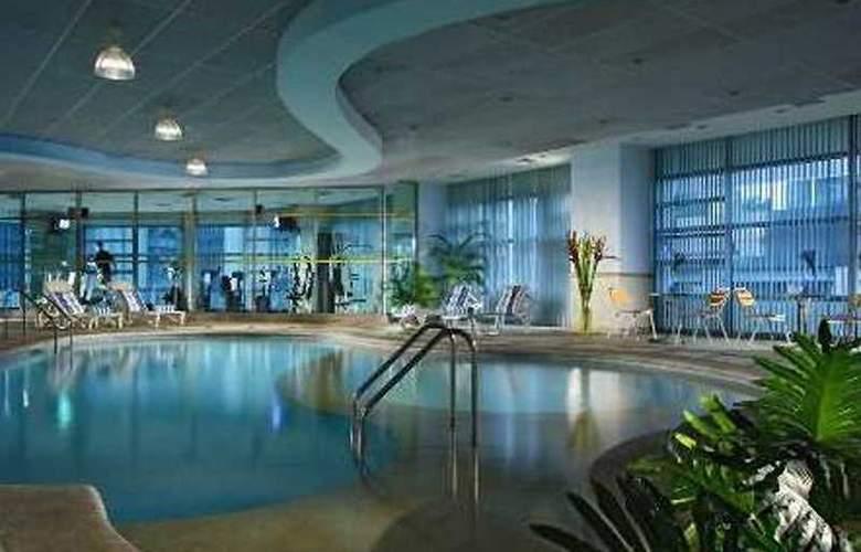 Somerset Salcedo Serviced Residences - Pool - 3