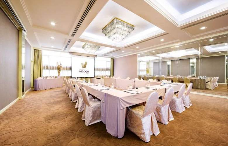 Landmark Village Hotel - Conference - 9
