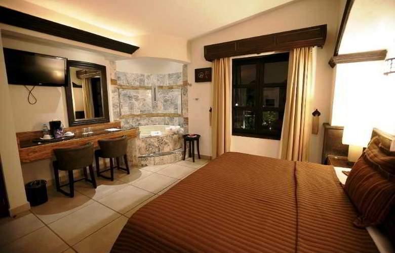 The Latit Real Hacienda de Santiago - Room - 6