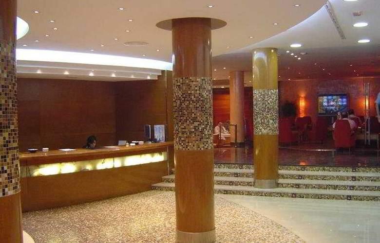 Benetusser - Hotel - 0