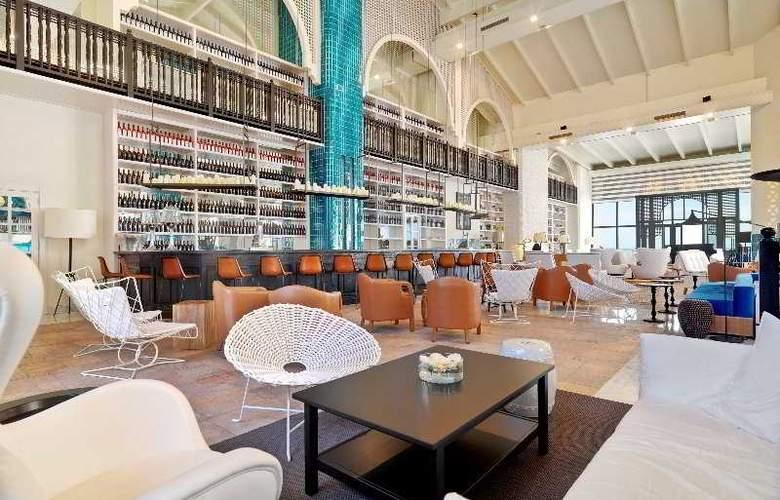 H10 Timanfaya Palace - Sólo adultos - Bar - 4