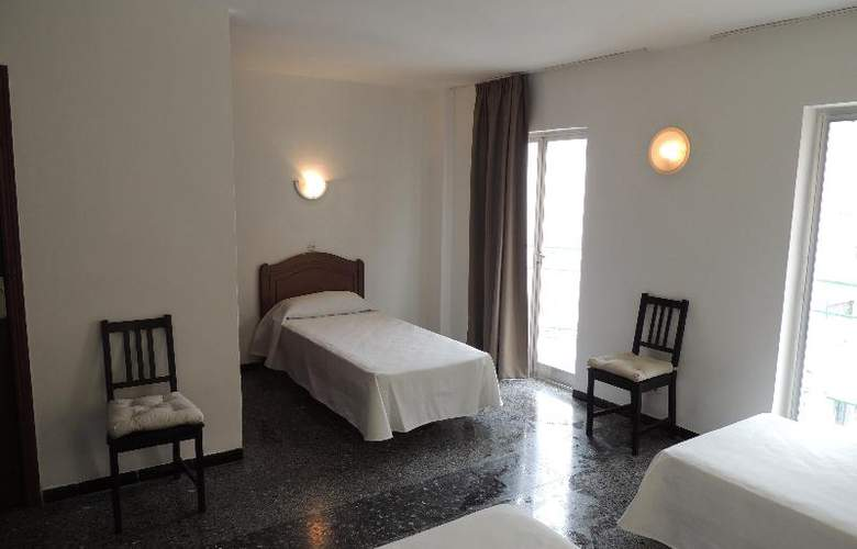 Elegance Playa Arenal II - Room - 5