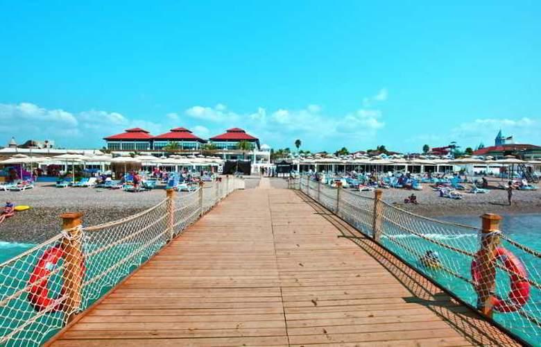 Club Hotel Nena - Beach - 14