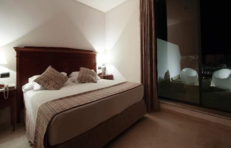 Fernando III - Room - 47