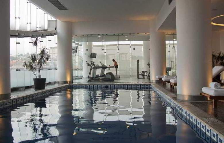 DoubleTree by Hilton Hotel México City Santa Fe - Pool - 30