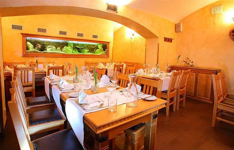 U Divadla - Restaurant - 3