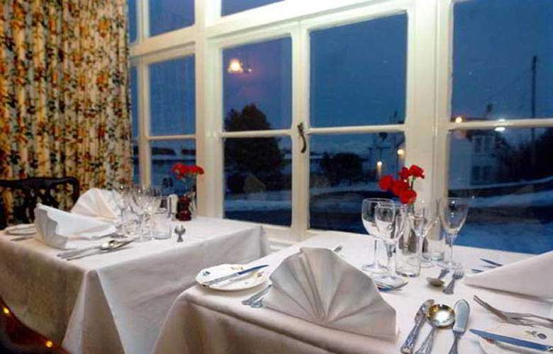 Eilean Iarmain Hotel - Restaurant - 6