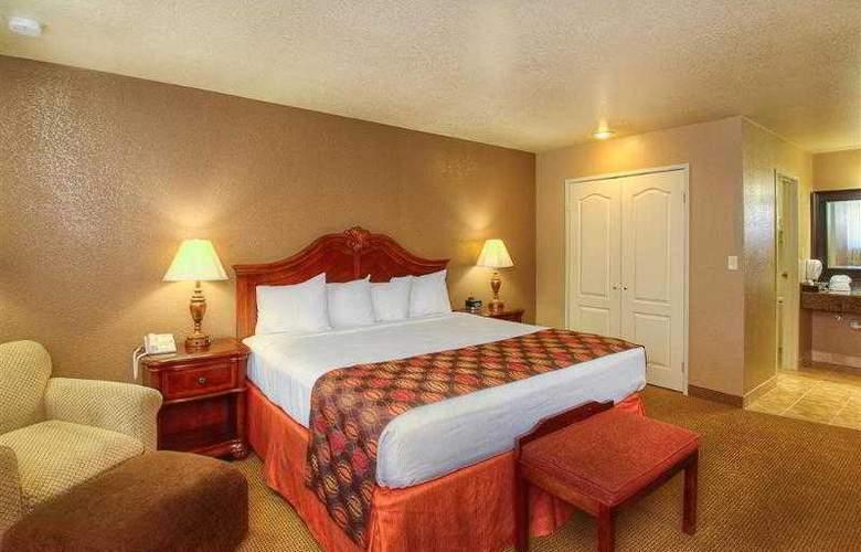 Best Western Foothills Inn - Hotel - 43