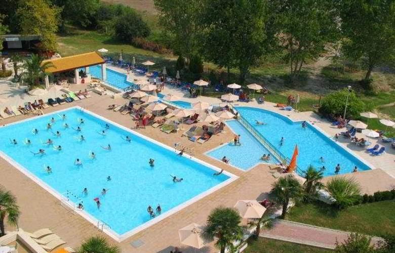 Olympian Bay - Pool - 7
