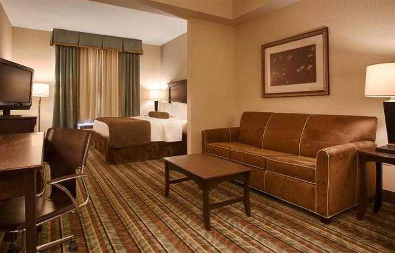 Best Western Plus Chain Of Lakes Inn & Suites - Hotel - 23