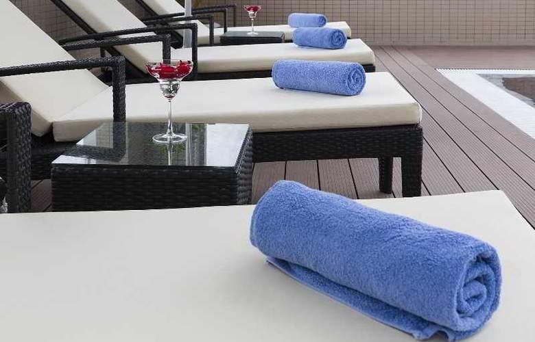 Muong Thanh Nha Trang Centre Hotel - Pool - 53