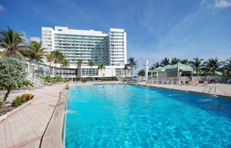 Deauville Beach Resort - Pool - 23
