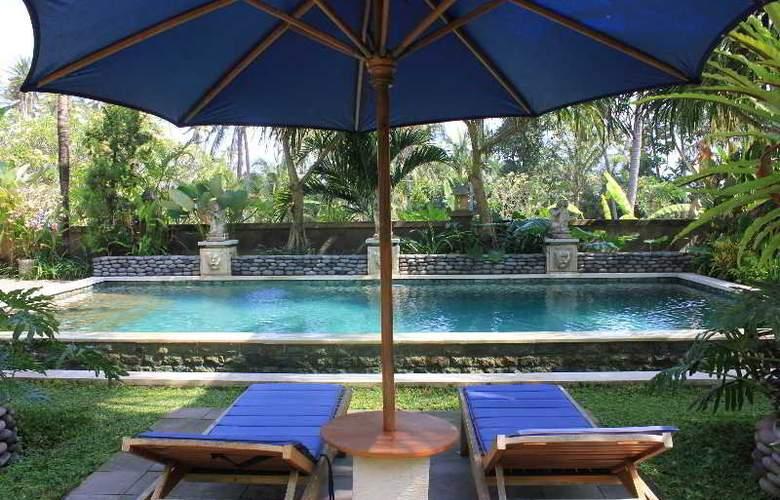 Villa Kishi Kishi - Pool - 2