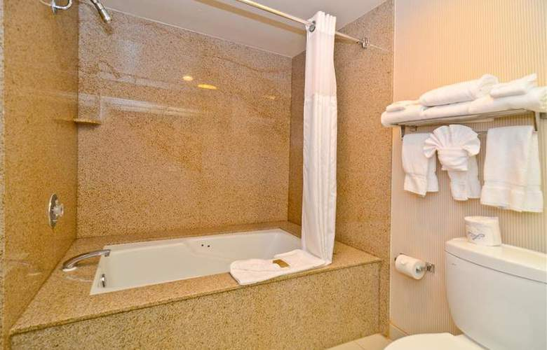 Best Western Newport Mesa Hotel - Room - 109
