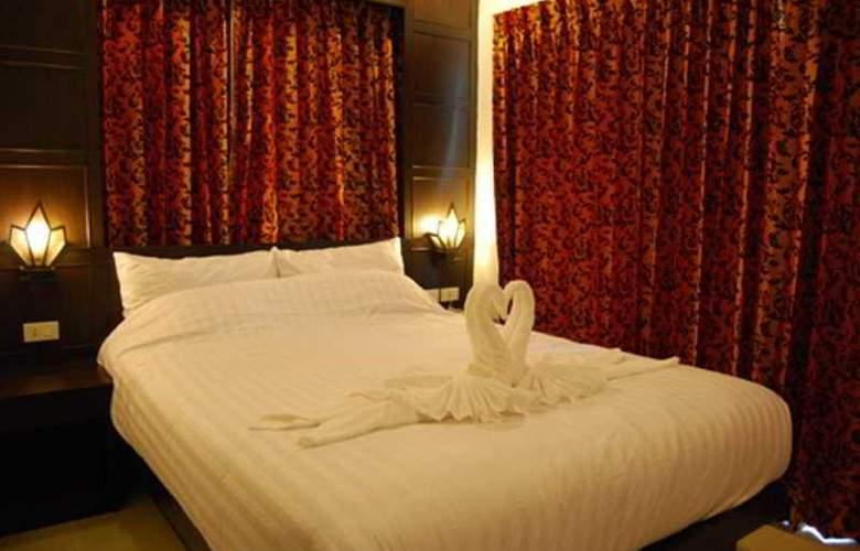 Hallo Patong Dormtel & Restaurant - Room - 3